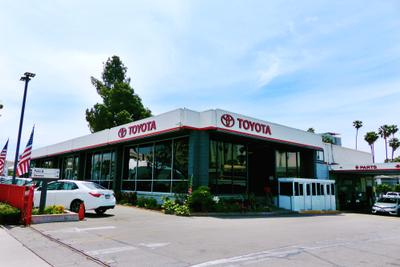 Toyota of Hollywood Image 9