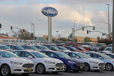 Hilltop Ford Kia Image 4