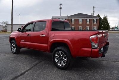 Toyota Tacoma 2018 for Sale in Louisville, KY