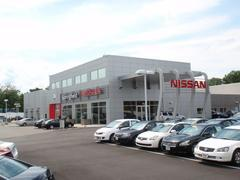 Nissan World of Springfield Image 2