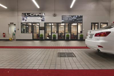 Lexus of Cool Springs Image 6