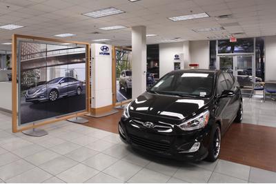 Camelback Hyundai Image 3
