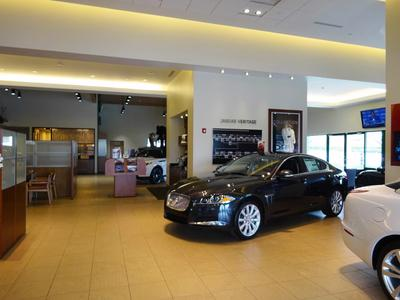 Jaguar Land Rover Huntington Image 3