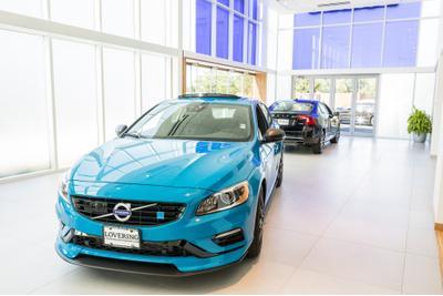 Lovering Volvo Cars Nashua Image 5