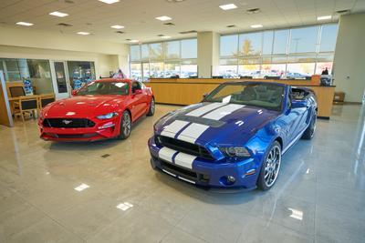 AutoNation Ford Wolfchase Image 1