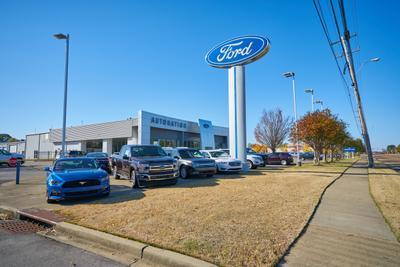 AutoNation Ford Wolfchase Image 6