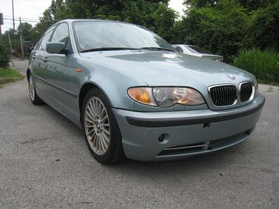 BMW 330 2003 for Sale in Louisville, KY