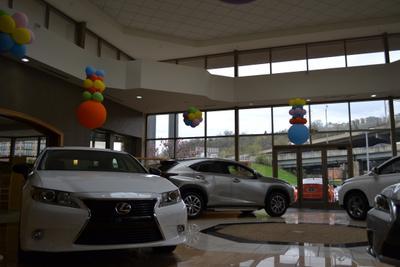 Performance Lexus Rivercenter Image 1