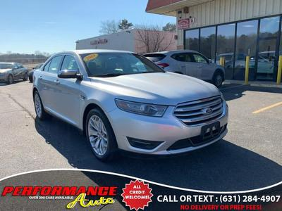Ford Taurus 2013 for Sale in Bohemia, NY