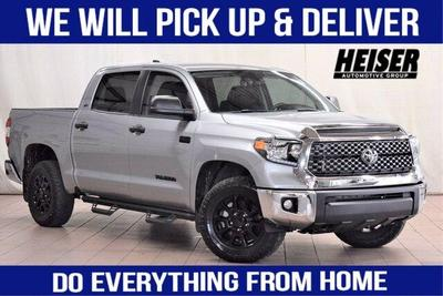 Toyota Tundra 2020 for Sale in Milwaukee, WI