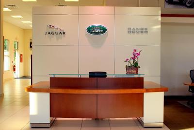 Herb Chambers Land Rover Jaguar Sudbury Image 9
