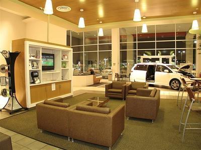 Findlay Toyota Image 7