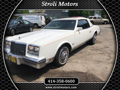 Buick Riviera 1983 for Sale in Milwaukee, WI