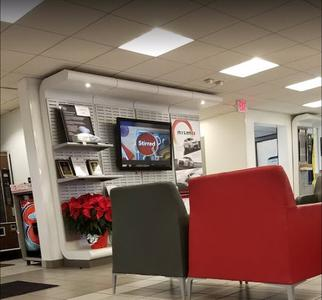 Lia Nissan of Enfield Image 6