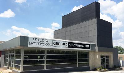 Lexus of Englewood Image 2
