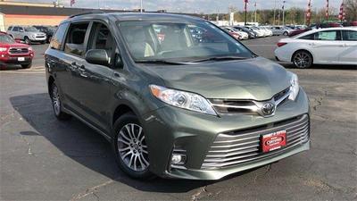 2018 Toyota Sienna XLE for sale VIN: 5TDYZ3DC6JS913228