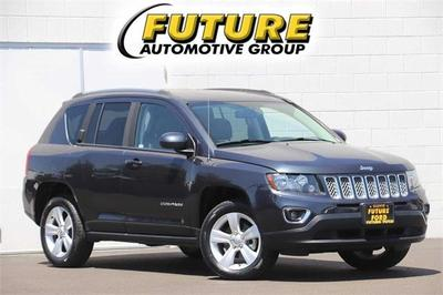 Jeep Compass 2015 for Sale in Clovis, CA