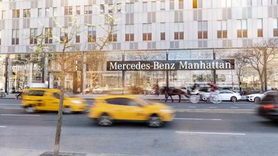 Mercedes-Benz Manhattan, Inc. / smart center Manhattan Image 7