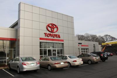 Girard Toyota BMW Image 3