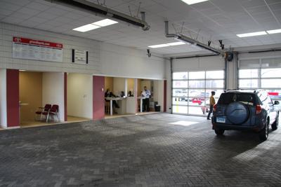 Girard Toyota BMW Image 5