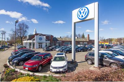 Curran Volkswagen Image 8