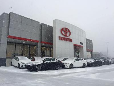 L & S Toyota of Beckley Image 7