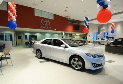 Toyota of Nashua Image 4