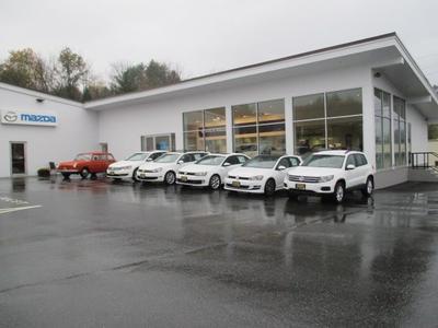 Walker Mazda Volkswagen Image 3