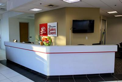 Herb Chambers Toyota of Boston Image 6