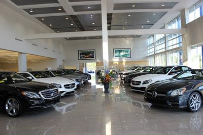 Flagship Motorcars of Lynnfield / smart center Lynnfield Image 6