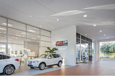 Fields BMW Lakeland Image 2