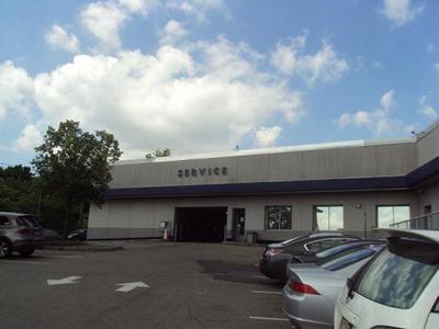 DCH Montclair Acura Image 3