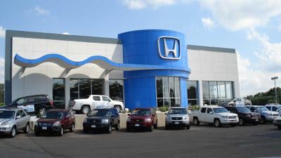 Executive Honda Image 2