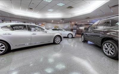Tri-County Lexus Image 6