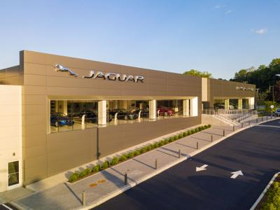 Jaguar Land Rover White Plains Image 4