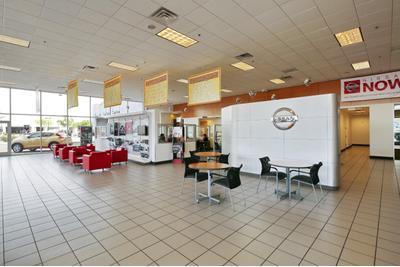 Peoria Nissan Image 9
