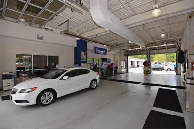 Hendrick Acura Image 5
