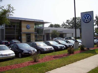 Lia Volkswagen of Enfield Image 2