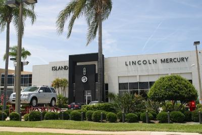 Island Lincoln Image 4