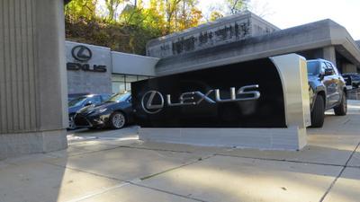 Rohrich Lexus Image 6
