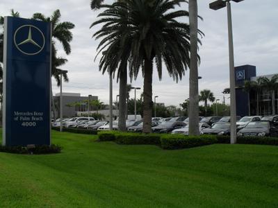 Mercedes-Benz Of Palm Beach / smart center Palm Beach Image 3