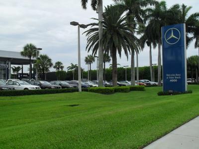 Mercedes-Benz Of Palm Beach / smart center Palm Beach Image 9