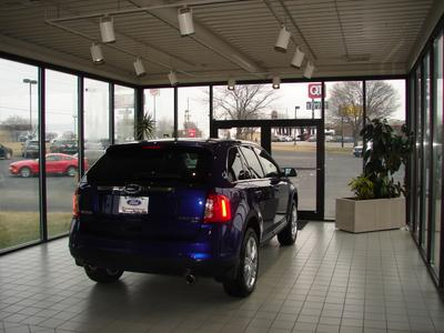 Thoroughbred Ford of Platte City Image 3