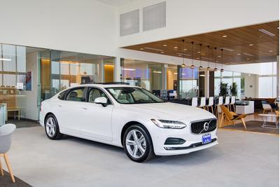 Volvo Cars of Austin Image 8