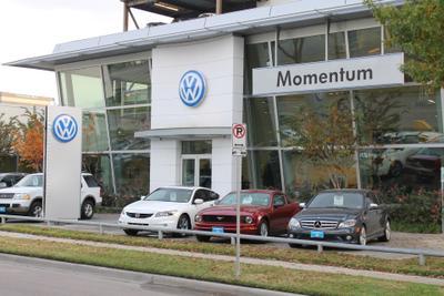 Momentum Volkswagen of Upper Kirby Image 6