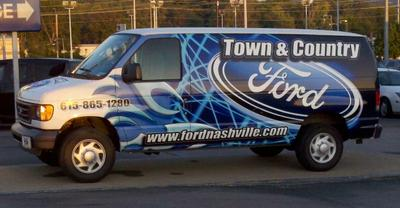 Town & Country Ford Image 1
