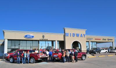 Midway Motors Supercenter Image 3