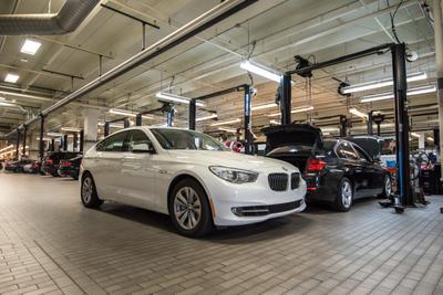 BMW of Dallas Image 1