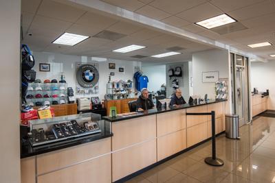 BMW of Dallas Image 4