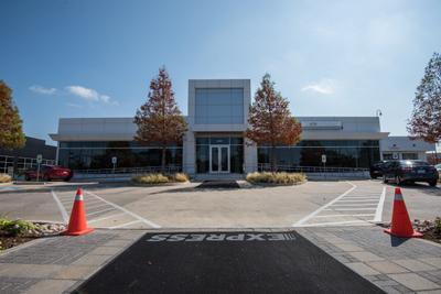 BMW of Dallas Image 7